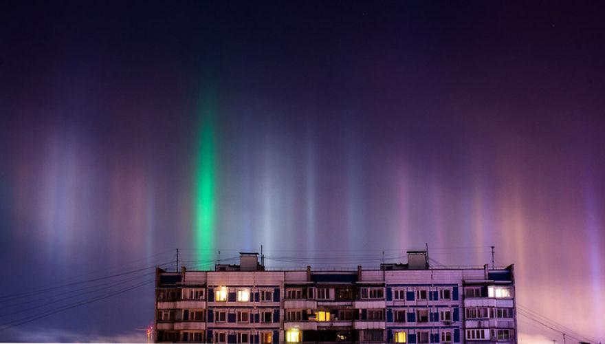 light-pillars-night-sky-ontario-timothy-joseph-elzinga-27-58788f028c9cf__880